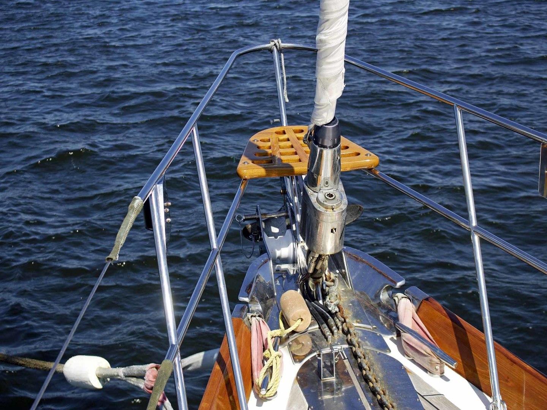 Little Harbor-60 1994-LYNLEY III Somerset-Massachusetts-United States-Bow Seat-1338723 | Thumbnail