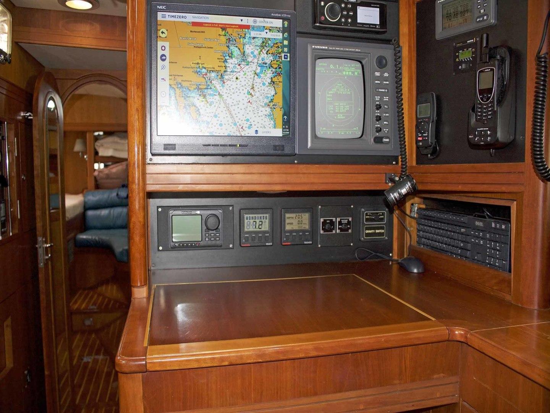 Little Harbor-60 1994-LYNLEY III Somerset-Massachusetts-United States-Nav Station Detail-1338738 | Thumbnail