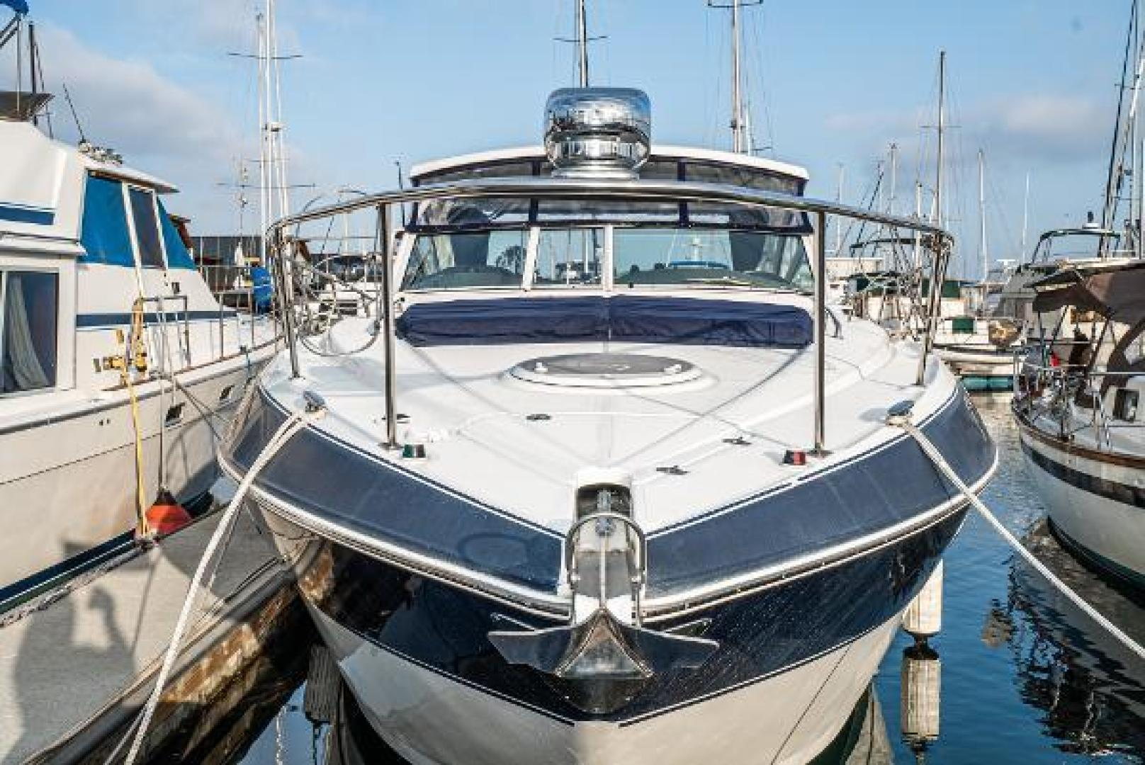 Picture Of: 38' Cruisers 380 Express 2012 Yacht For Sale | 2 of 44