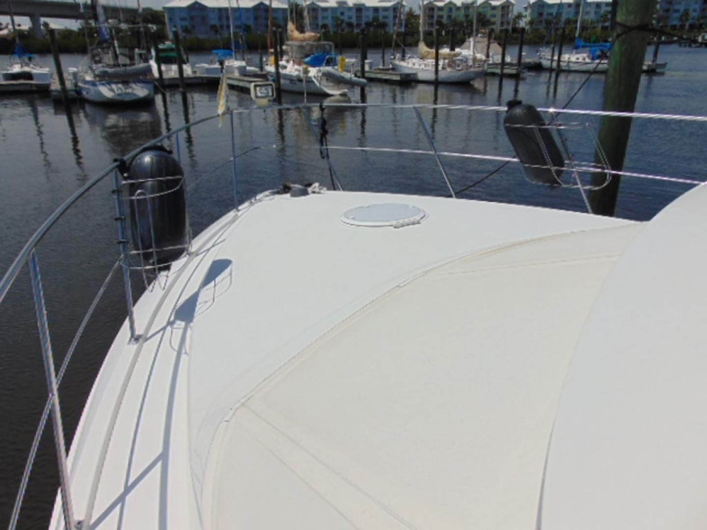 Carver-500 Cockpit Motor Yacht 1997-Happenstance Stuart-Florida-United States-Forward Deck-1340995 | Thumbnail