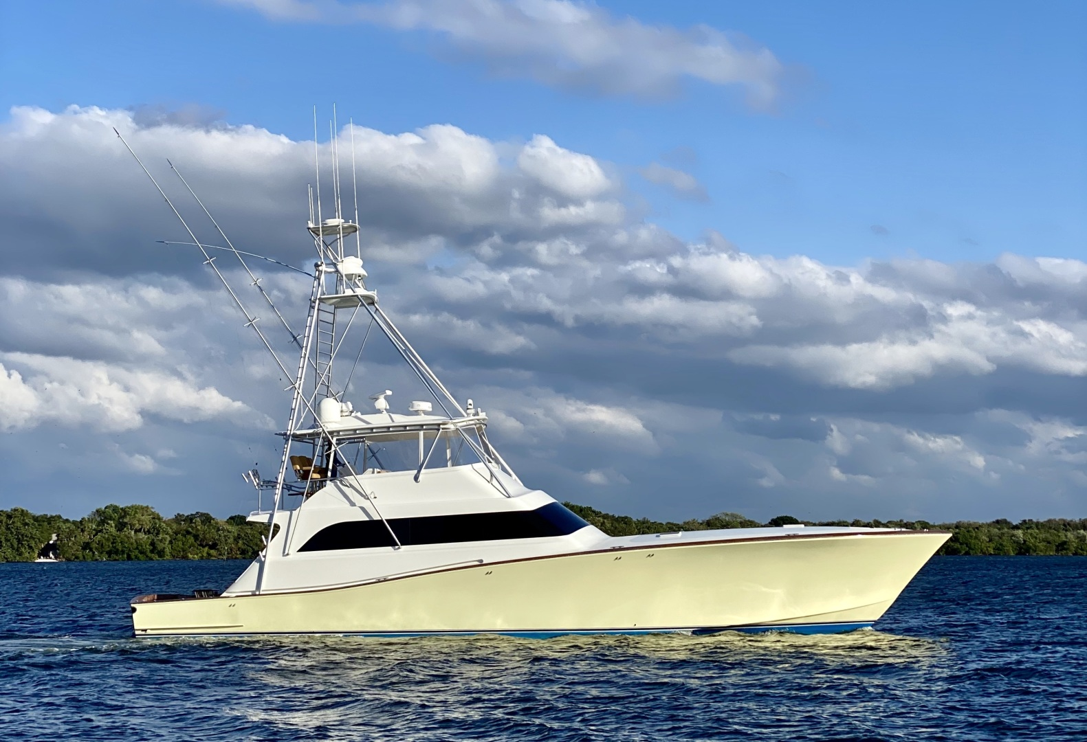 Picture Of: 72' American 2005 Yacht For Sale | 1 of 30