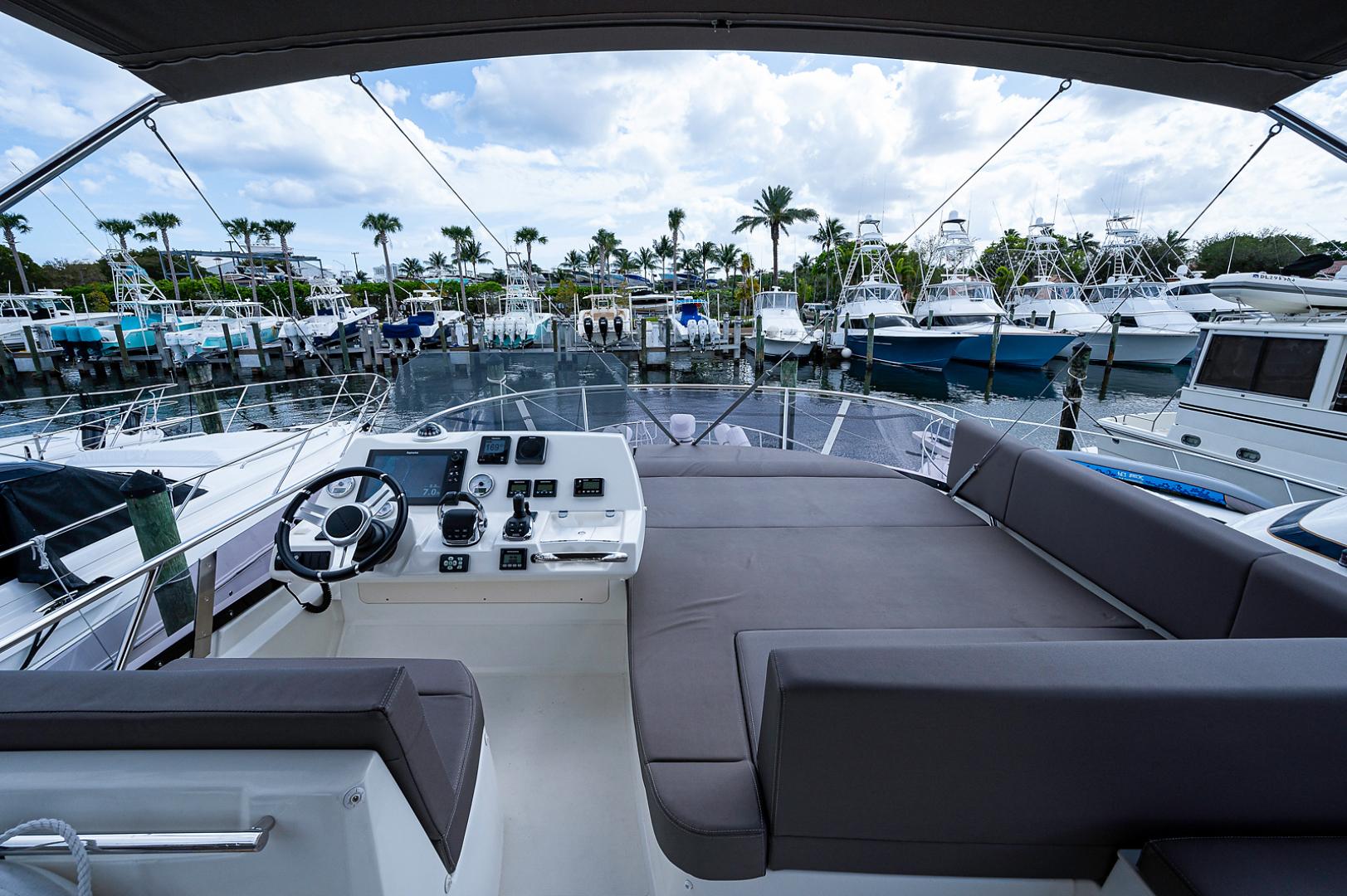 Prestige-460 Flybridge 2018-SEAQUEL Palm Beach Gardens-Florida-United States-Flybridge-1351141 | Thumbnail