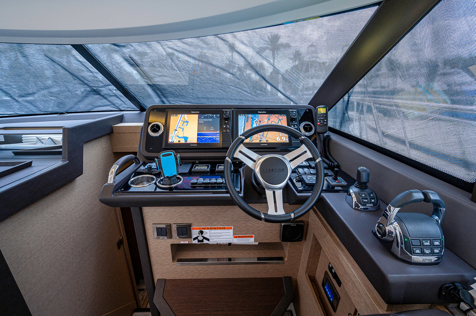 Prestige-460 Flybridge 2018-SEAQUEL Palm Beach Gardens-Florida-United States-Lower Helm-1351158 | Thumbnail
