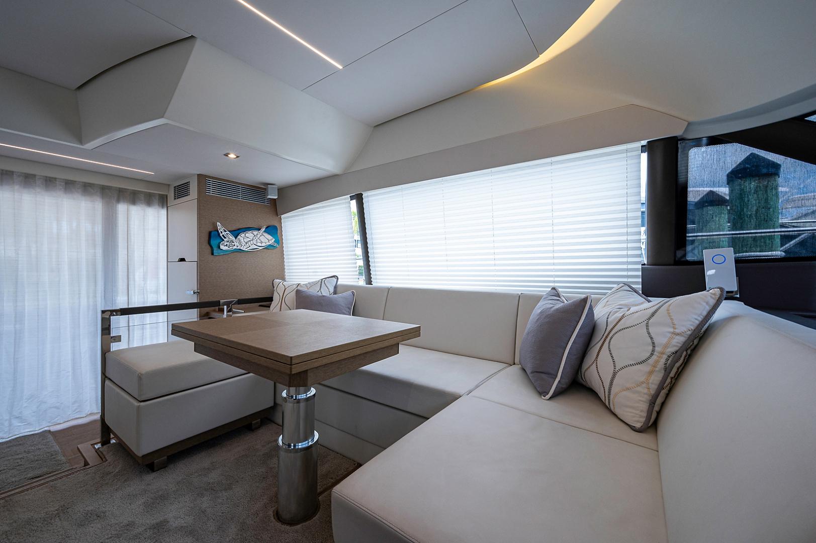 Prestige-460 Flybridge 2018-SEAQUEL Palm Beach Gardens-Florida-United States-Salon-1351154 | Thumbnail