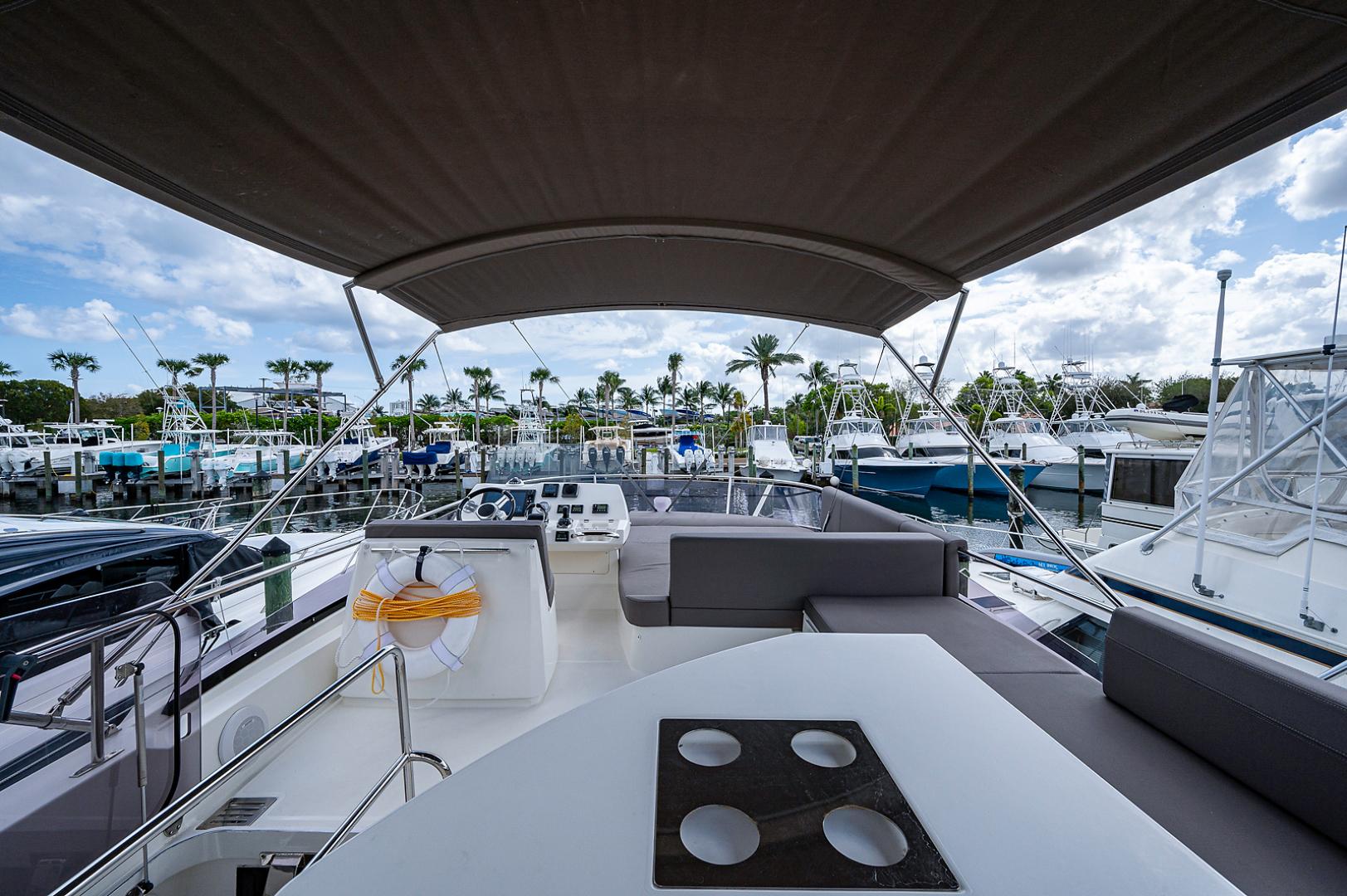 Prestige-460 Flybridge 2018-SEAQUEL Palm Beach Gardens-Florida-United States-Flybridge-1351139 | Thumbnail