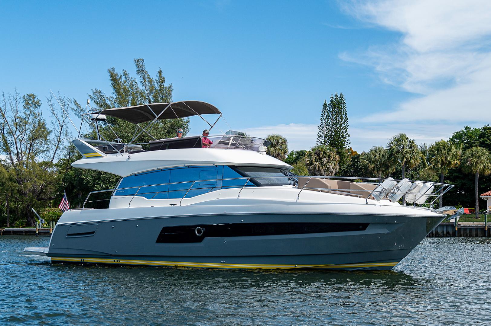 Prestige-460 Flybridge 2018-SEAQUEL Palm Beach Gardens-Florida-United States-Starboard Side-1351135 | Thumbnail