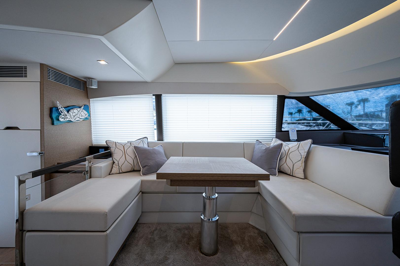 Prestige-460 Flybridge 2018-SEAQUEL Palm Beach Gardens-Florida-United States-Salon-1351153 | Thumbnail