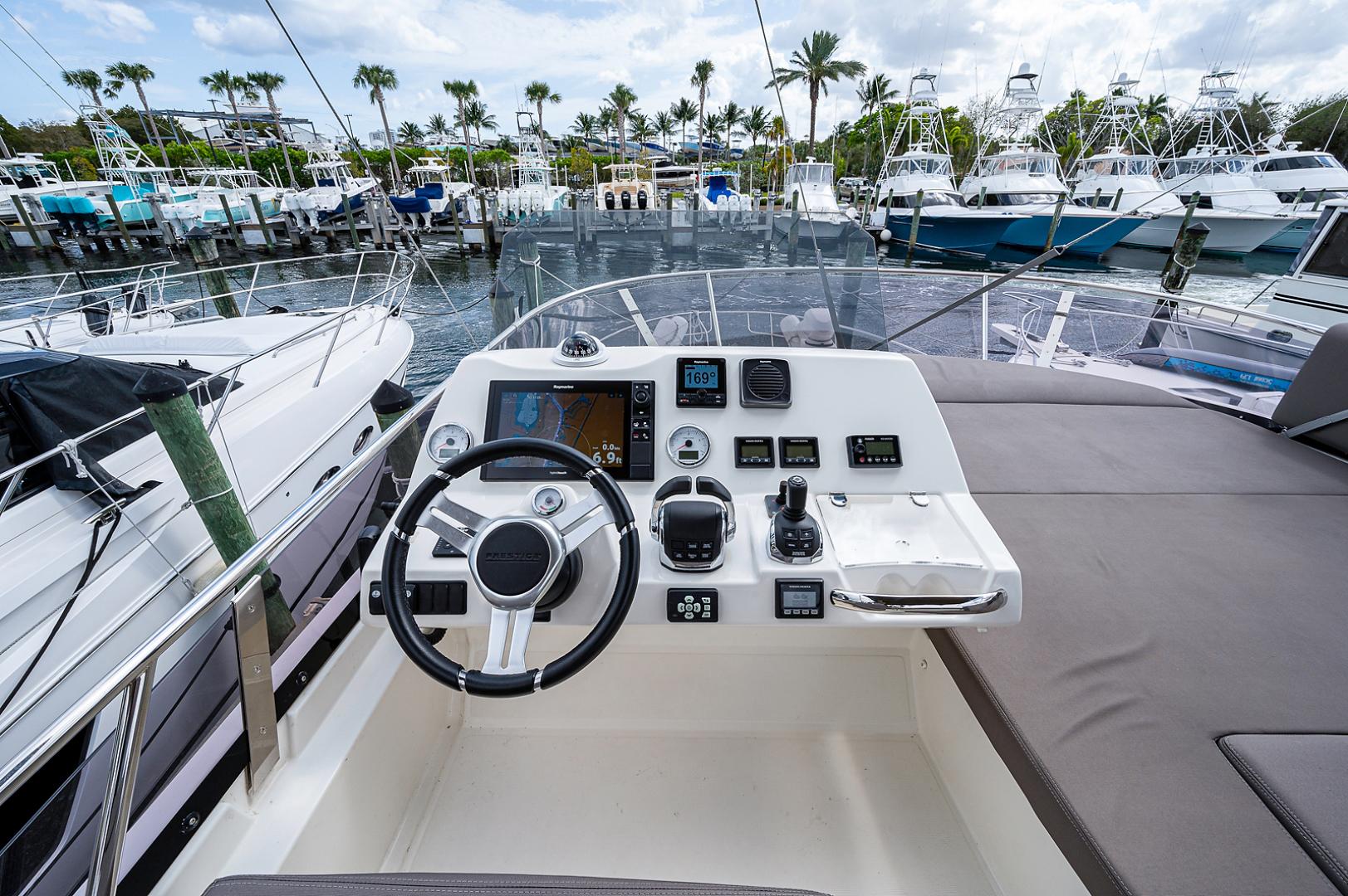 Prestige-460 Flybridge 2018-SEAQUEL Palm Beach Gardens-Florida-United States-Flybridge/Upper Helm-1351142 | Thumbnail