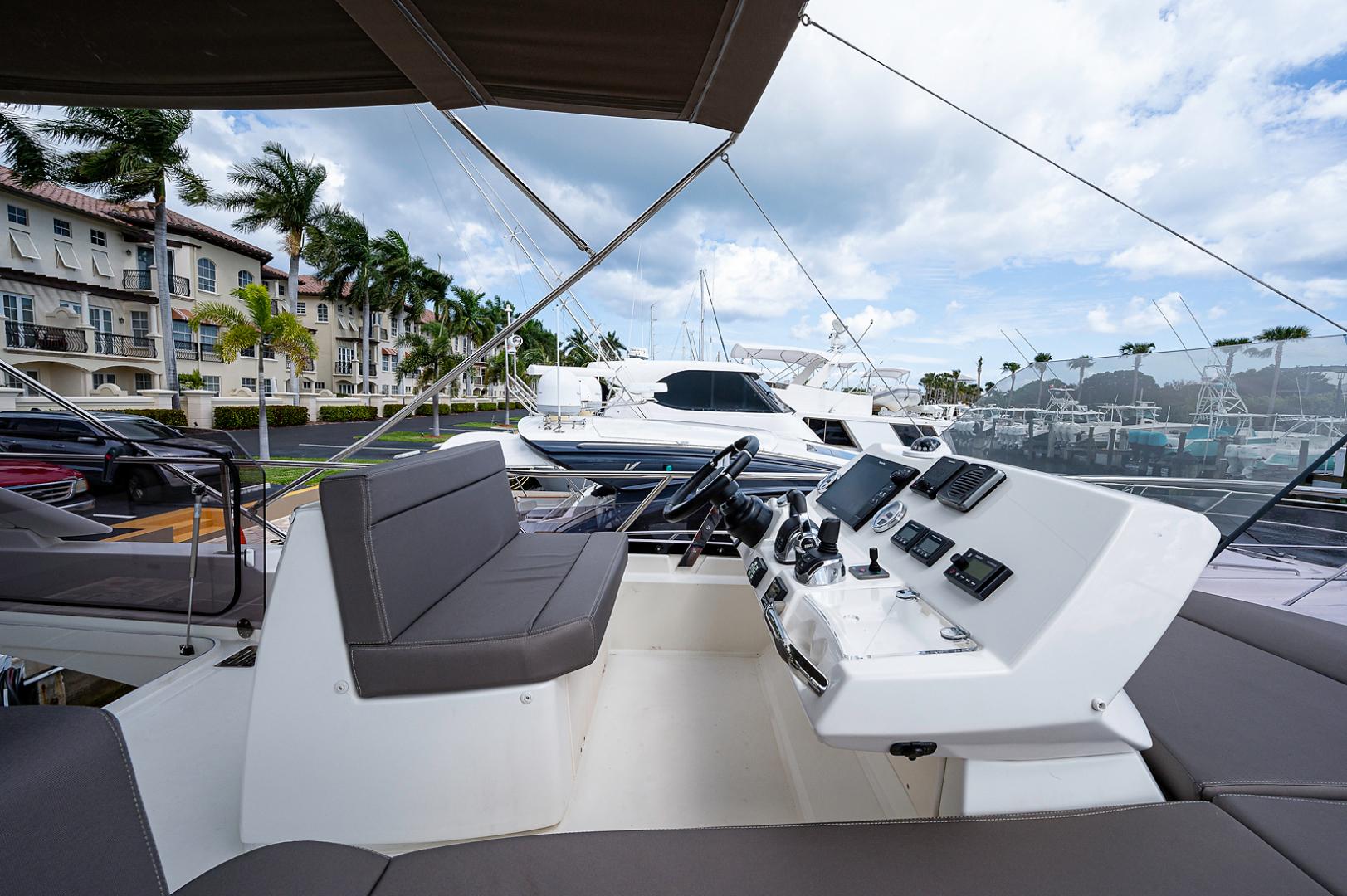 Prestige-460 Flybridge 2018-SEAQUEL Palm Beach Gardens-Florida-United States-Flybridge/Upper Helm-1351143 | Thumbnail