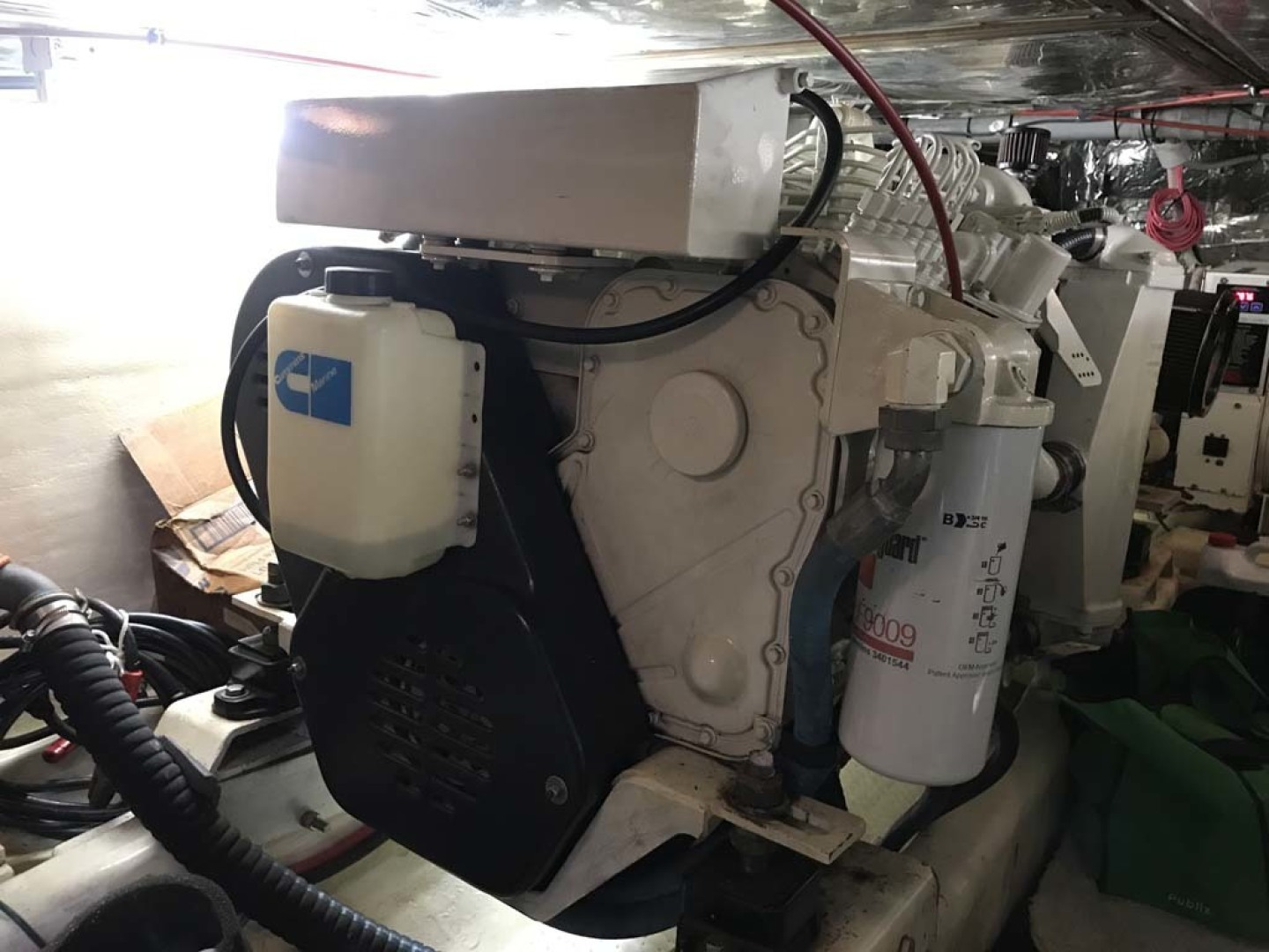 Aquarius-45 1988-Great Escape Coral Gables-Florida-United States-Starboard Engine-1343602 | Thumbnail