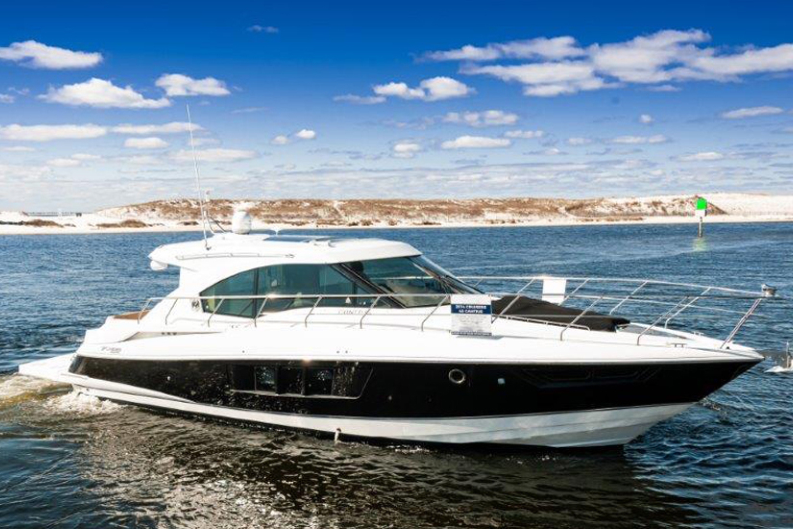 Picture Of: 45' Cruisers 45 Cantius 2014 Yacht For Sale | 1 of 30