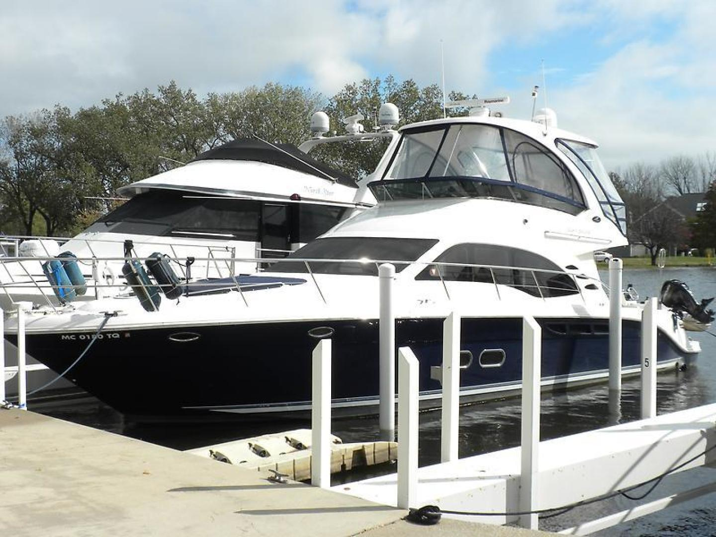 Picture Of: 52' Sea Ray Sedan Bridge 2006 Yacht For Sale | 1 of 133