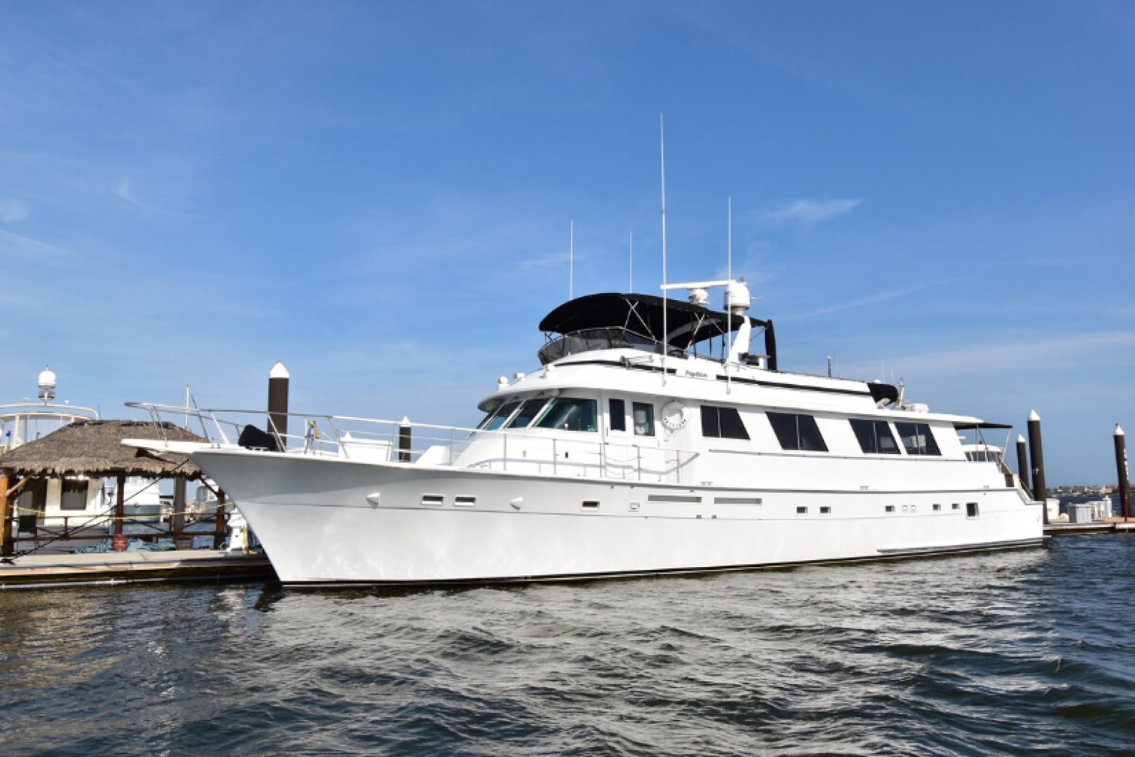 Picture Of: 82' Hatteras 82 Cockpit Motor Yacht 1985 Yacht For Sale | 1 of 43