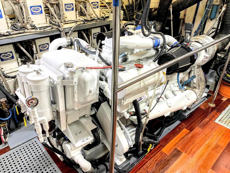 Hatteras-82 Cockpit Motor Yacht 1985-Papillon Seabrook-Texas-United States-Hatteras Motor Yacht 1985 Papillon-1345401 | Thumbnail