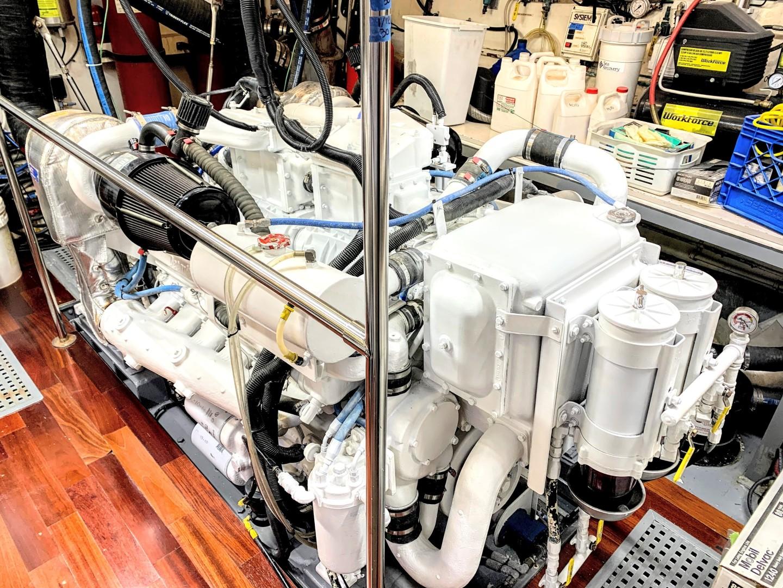 Hatteras-82 Cockpit Motor Yacht 1985-Papillon Seabrook-Texas-United States-Hatteras Motor Yacht 1985 Papillon-1345402 | Thumbnail