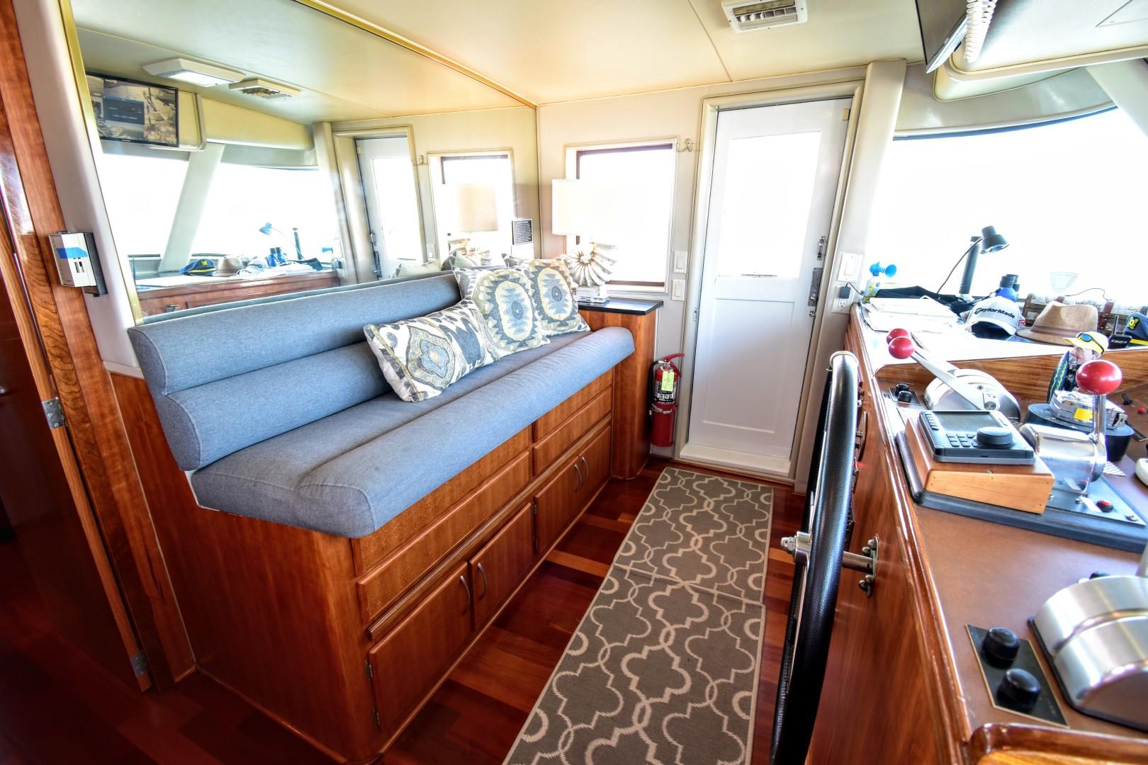 Hatteras-82 Cockpit Motor Yacht 1985-Papillon Seabrook-Texas-United States-Hatteras Motor Yacht 1985 Papillon-1345386 | Thumbnail