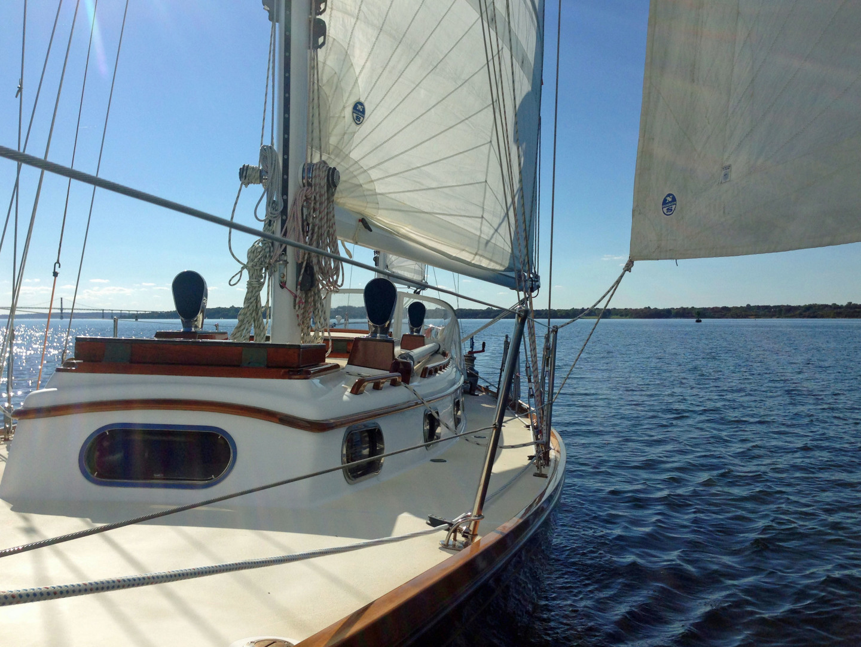 Sparkman & Stephens-Sailmaster Yawl 45 1965-MIDNIGHT Dighton-Massachusetts-United States-Midnight Port Deck Looking Aft-1345467 | Thumbnail