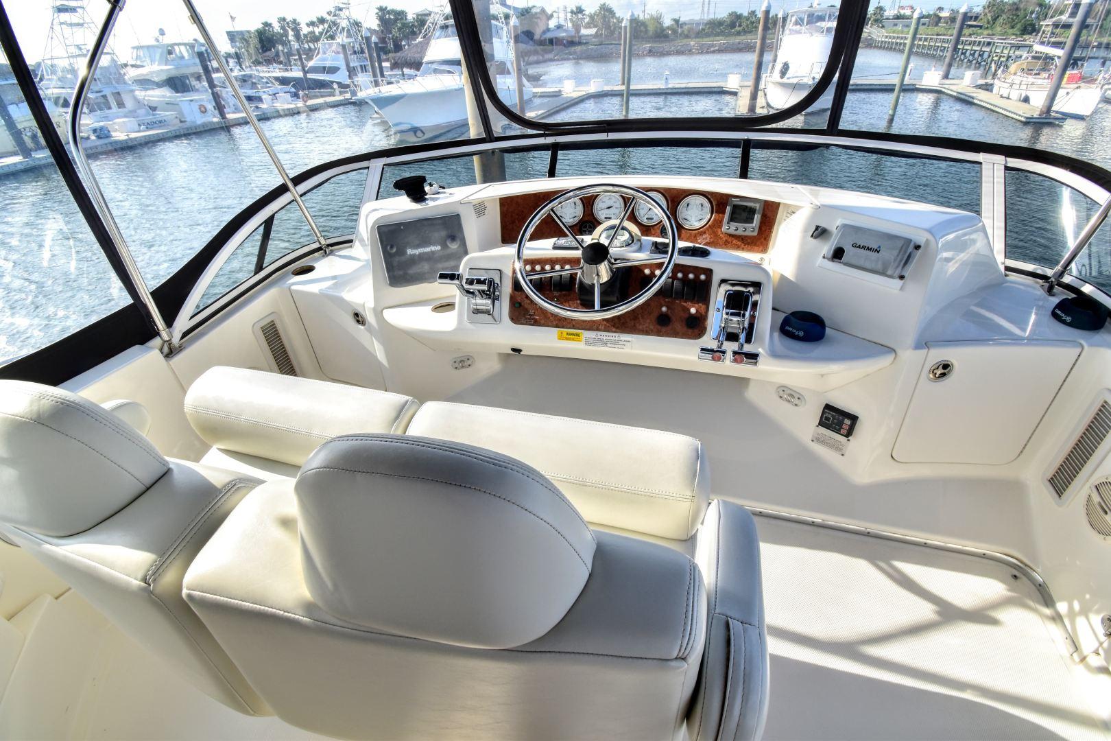 Silverton-35 Motor Yacht 2004-Mo Yacht Galveston-Texas-United States-Silverton Motor Yacht 2004 Mo Yacht Helm-1356308 | Thumbnail