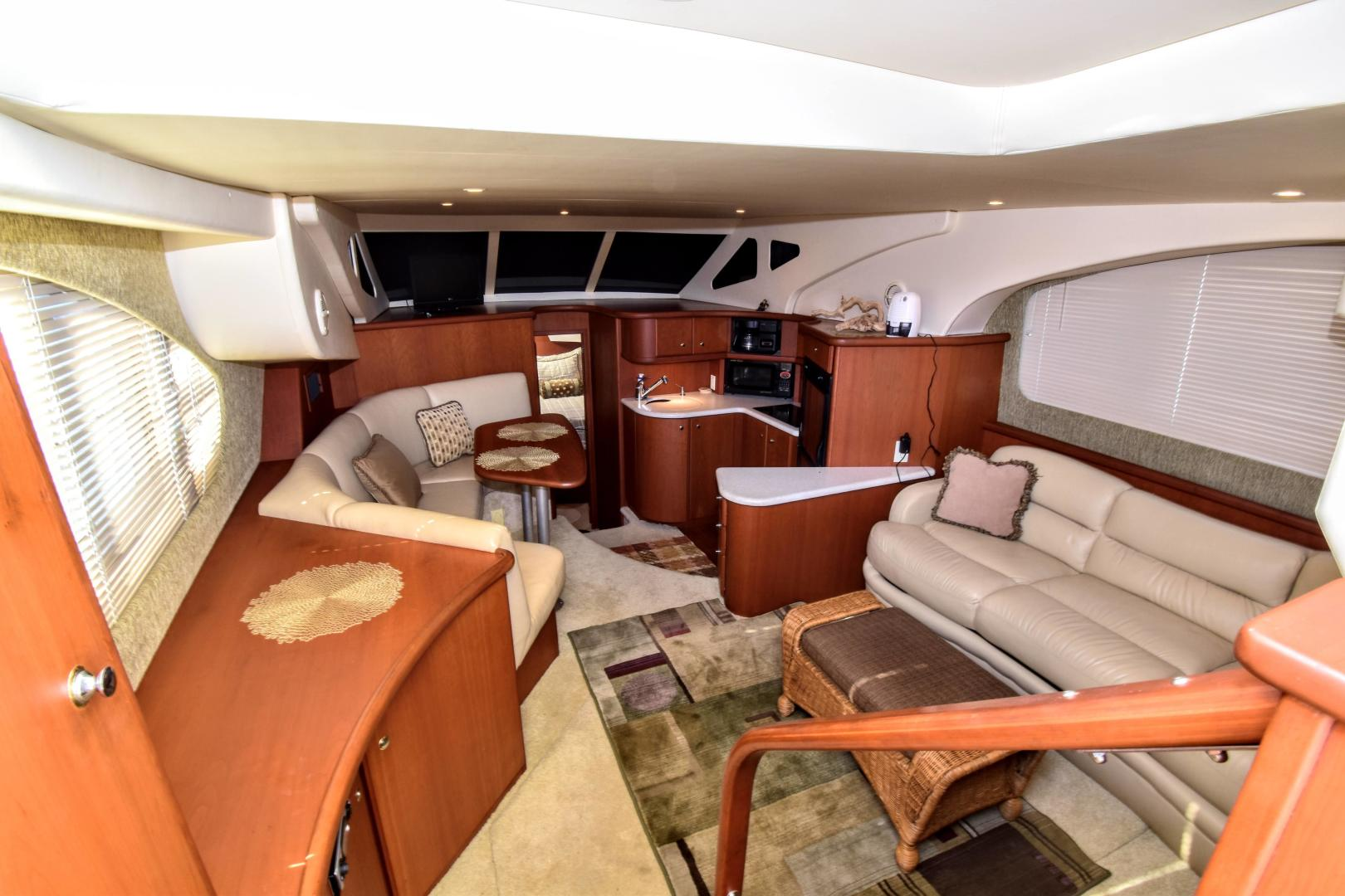 Silverton-35 Motor Yacht 2004-Mo Yacht Galveston-Texas-United States-Silverton Motor Yacht 2004 Mo Yacht Salon/Galley-1356296 | Thumbnail