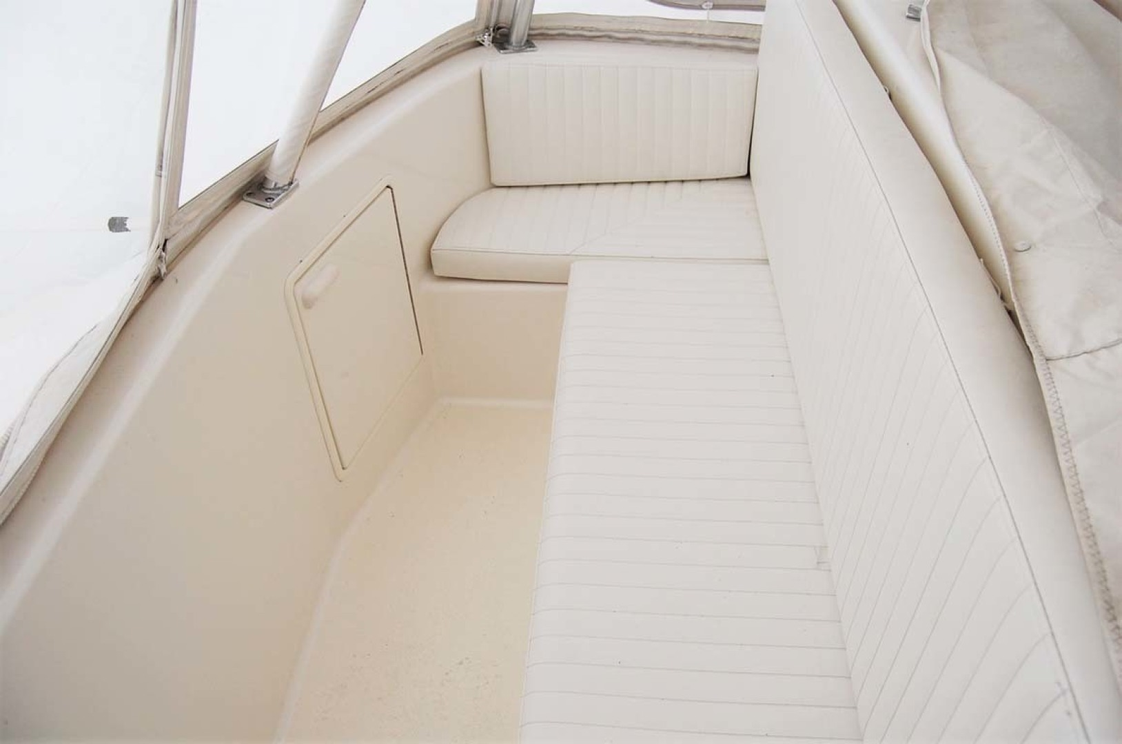 Ocean Yachts-43 Super Sport 2003-Ambition Massapequa-New York-United States-Flybridge Bench Seat-1346471 | Thumbnail
