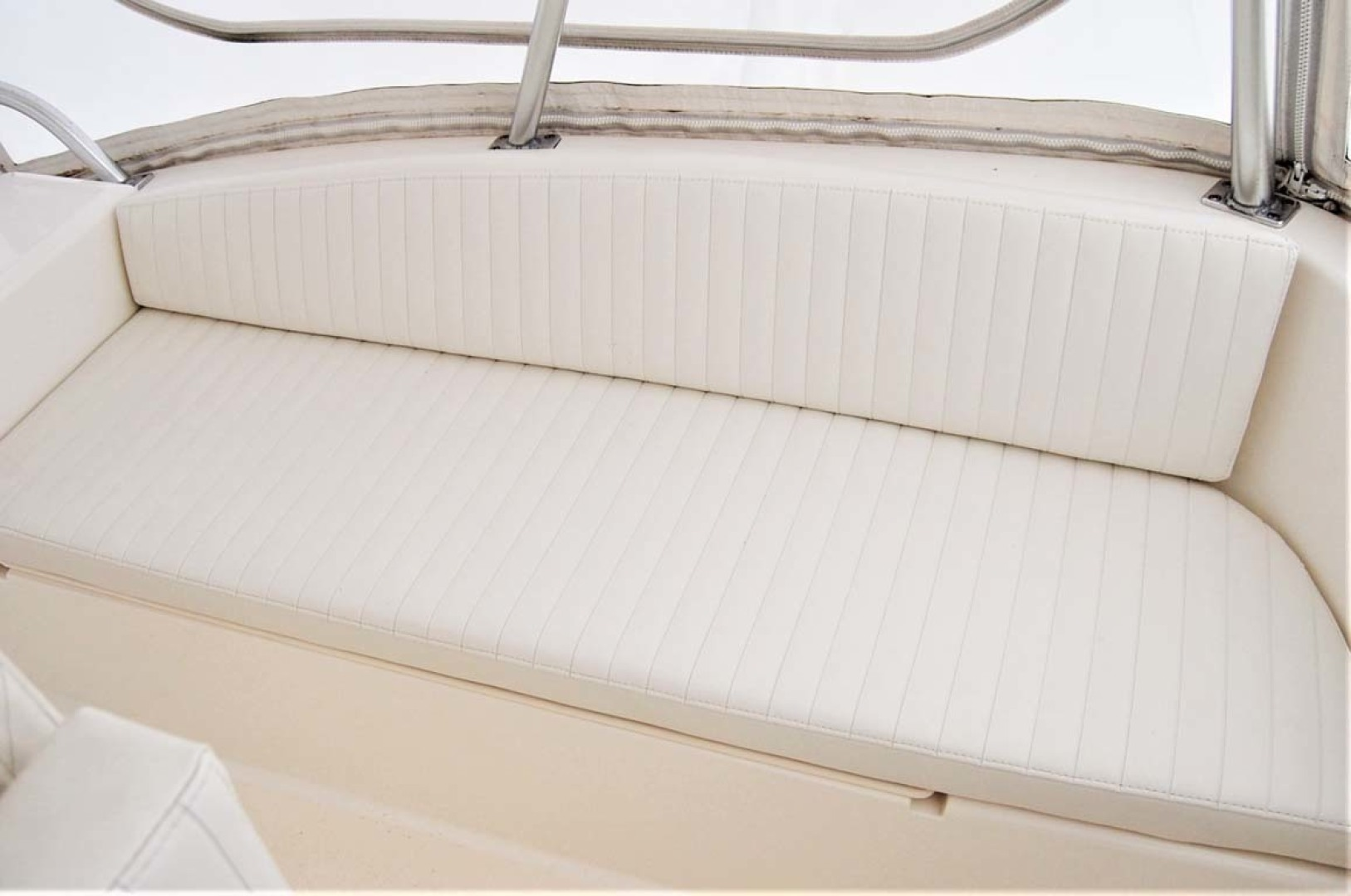 Ocean Yachts-43 Super Sport 2003-Ambition Massapequa-New York-United States-Flybridge Bench Seat-1346472 | Thumbnail