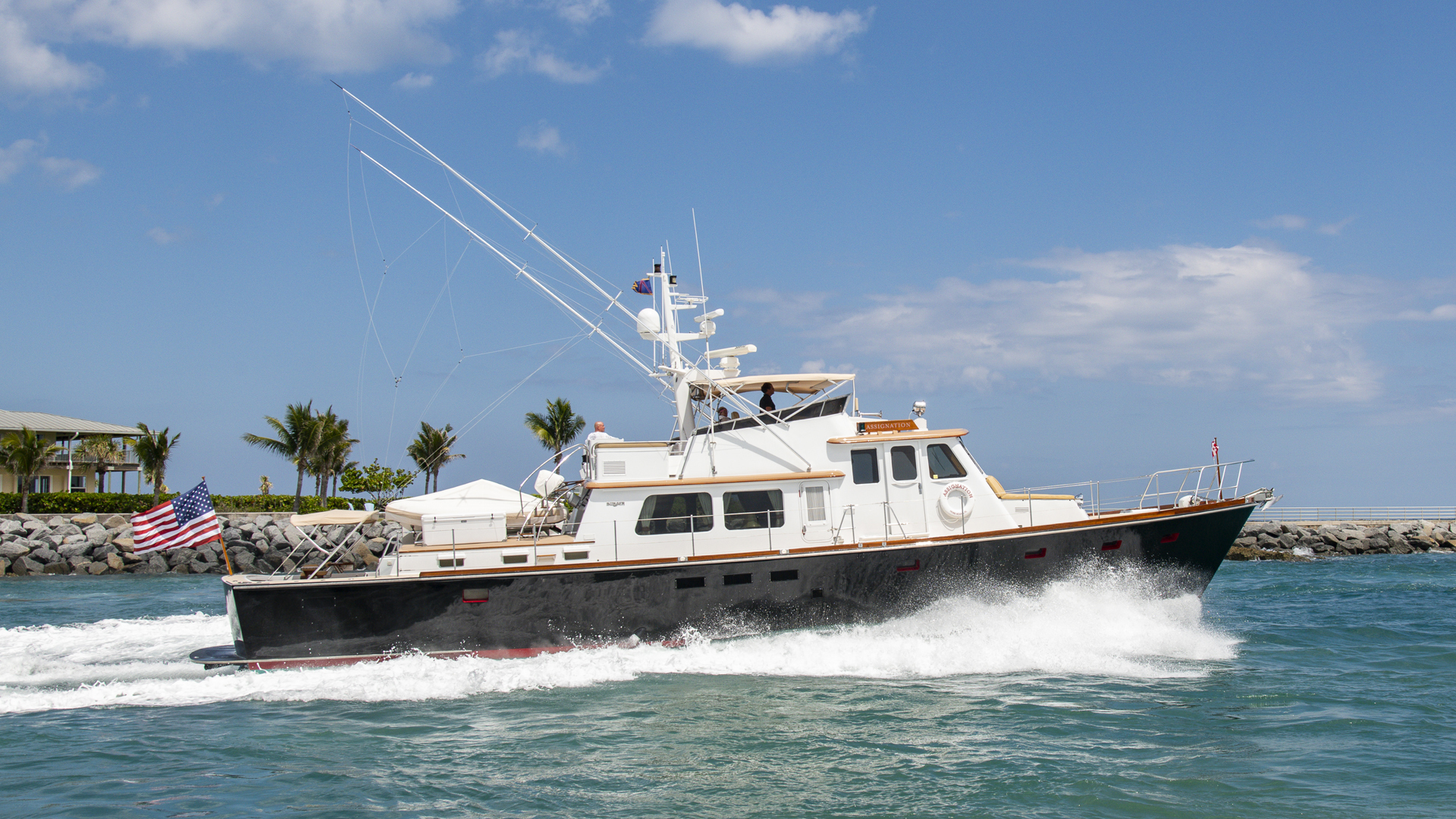 Picture Of: 72' Burger Hunt Design Express Cruiser 1988 Yacht For Sale | 2 of 27
