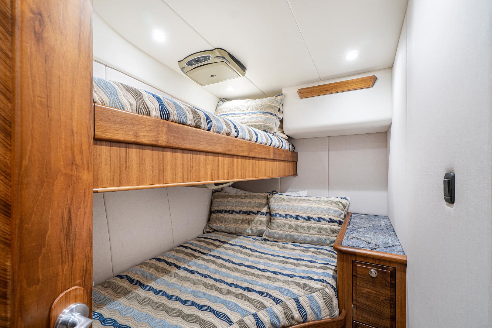 Spencer-Convertible 2014-Da Bait Jupiter-Florida-United States-Guest Stateroom Starboard-1346651 | Thumbnail