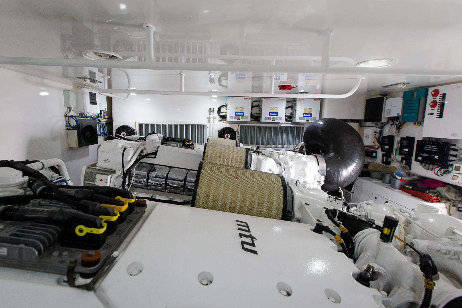 Viking-76 Enclosed Skybridge 2012-Reel Power Palm Beach-Florida-United States-1346678   Thumbnail
