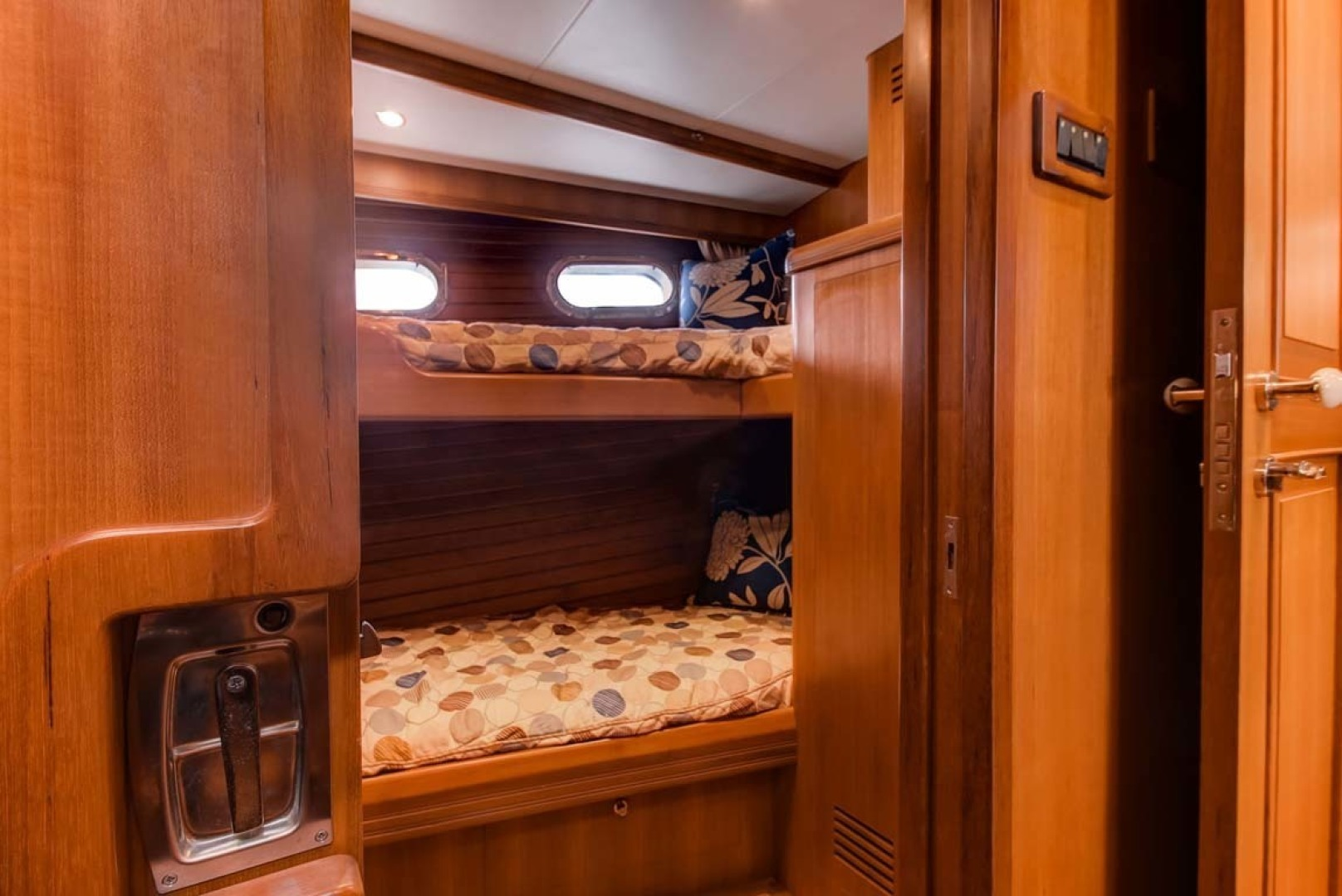 Selene-60 Ocean Trawler 2010-Gypsy Magic Jacksonville-Florida-United States-Midship Bunks-1346764 | Thumbnail