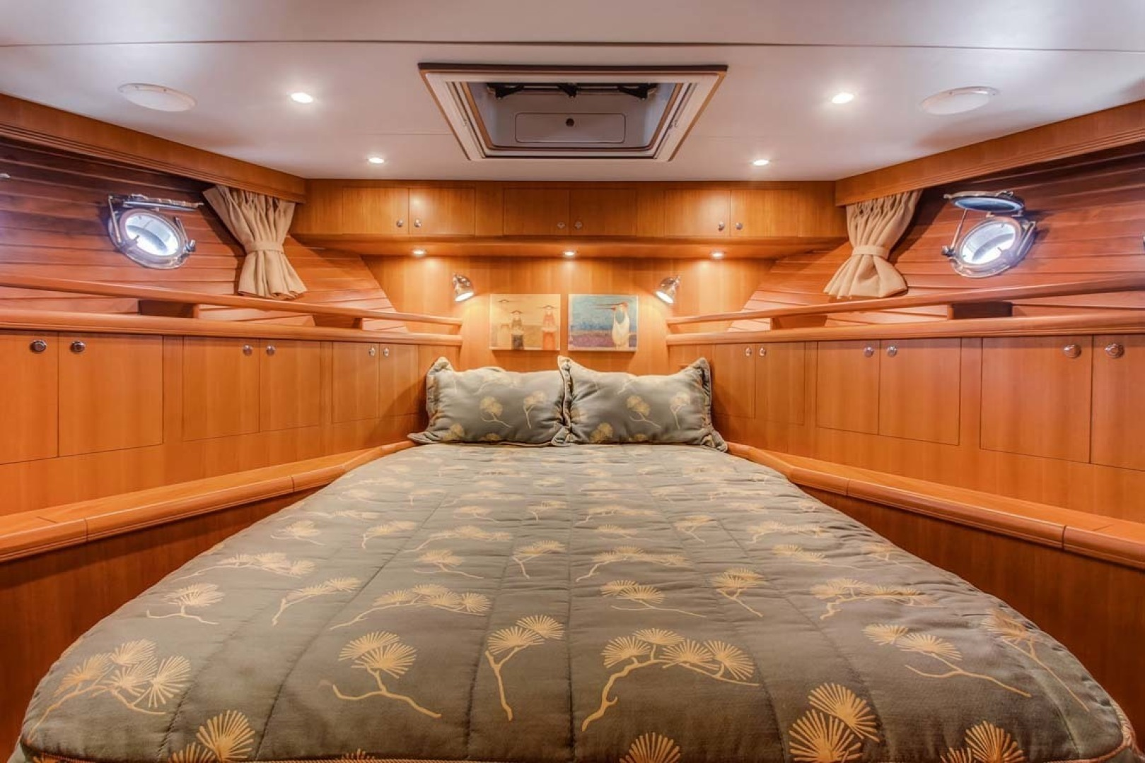 Selene-60 Ocean Trawler 2010-Gypsy Magic Jacksonville-Florida-United States-Forward Stateroom-1346756 | Thumbnail