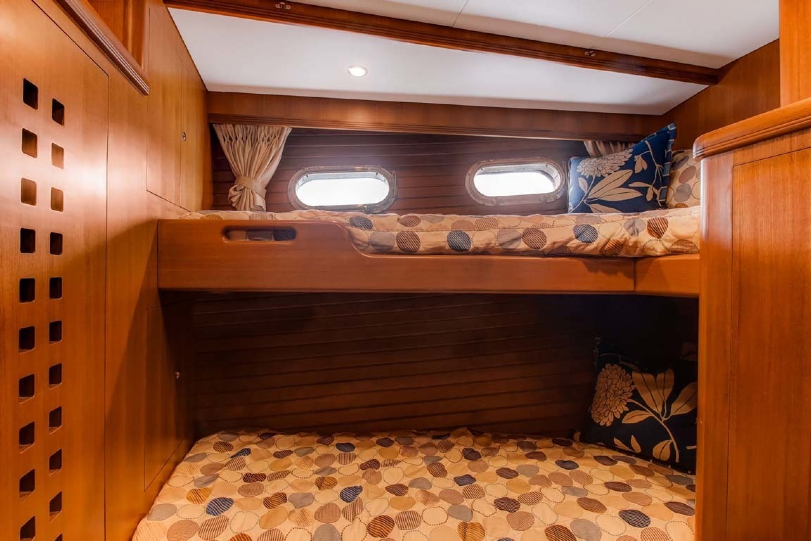 Selene-60 Ocean Trawler 2010-Gypsy Magic Jacksonville-Florida-United States-Midship Bunks-1346765 | Thumbnail