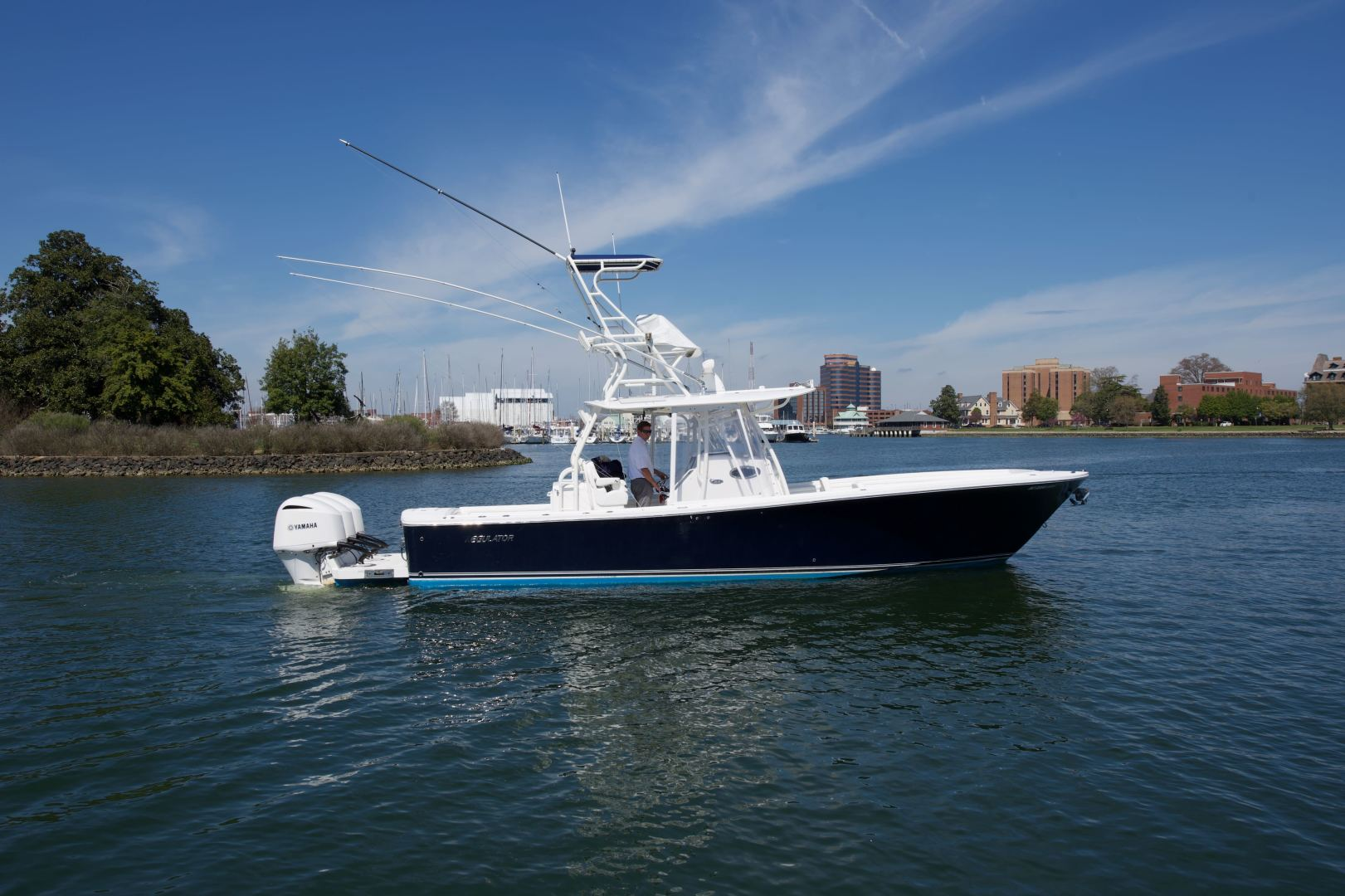 Regulator-34CC 2017 -Outer Banks-North Carolina-United States-1361811   Thumbnail