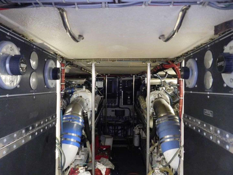 Hatteras-Sportfish 1990-Spindrift North Palm Beach-Florida-United States Engine Room Forward-1420048 | Thumbnail