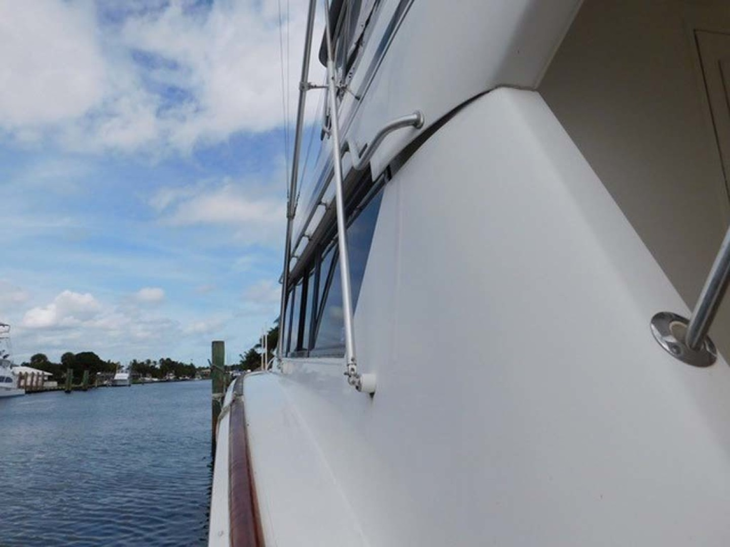 Picture Of: 58' Hatteras Sportfish 1990 Yacht For Sale | 2 of 62