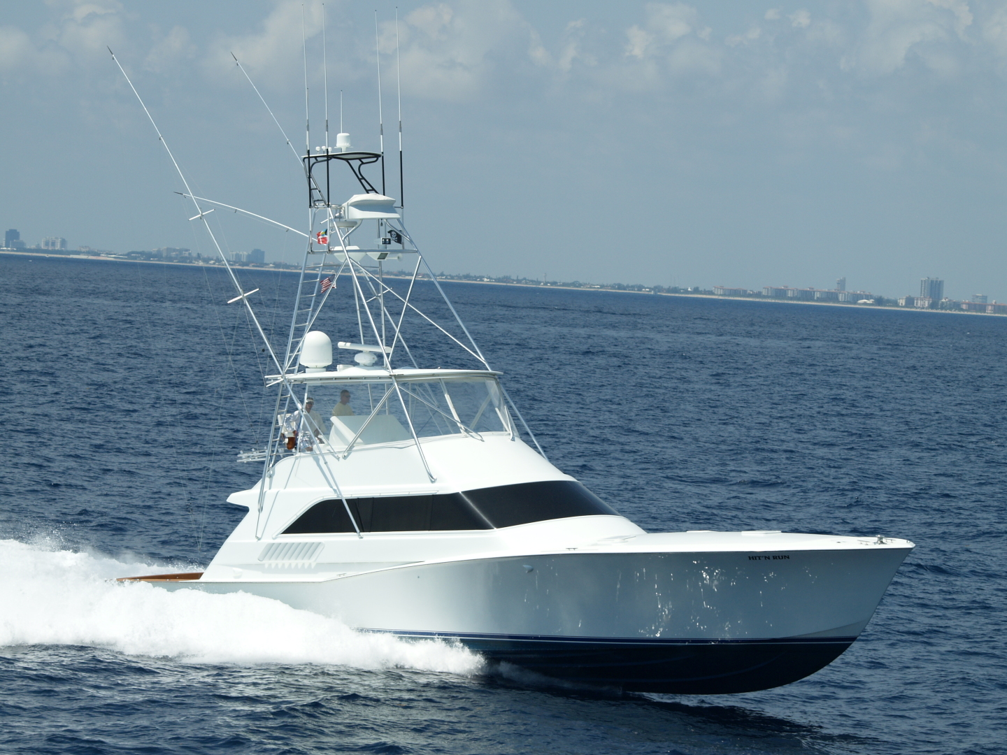 Picture Of: 64' Tribute Convertible 1999 Yacht For Sale | 2 of 32