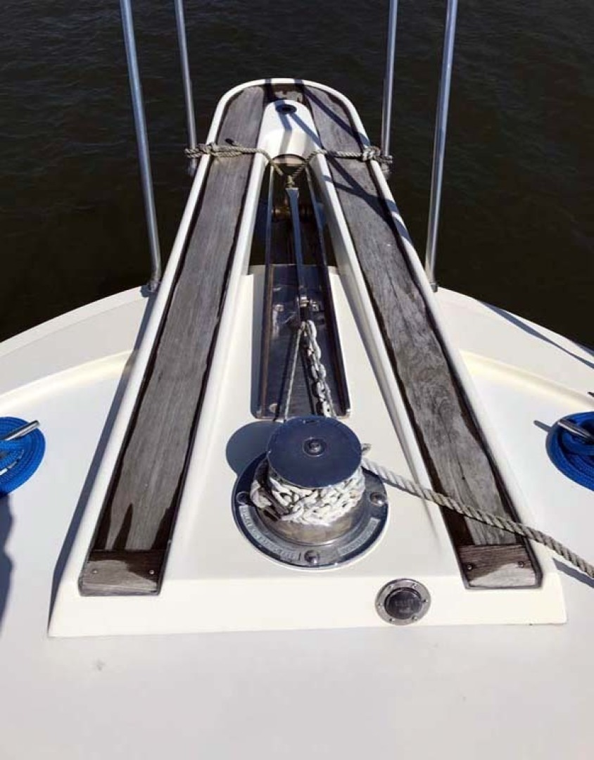 Hatteras-37 Convertible 1981-Reel Development Vero Beach-Florida-United States-Bow Pulpit-1347824 | Thumbnail