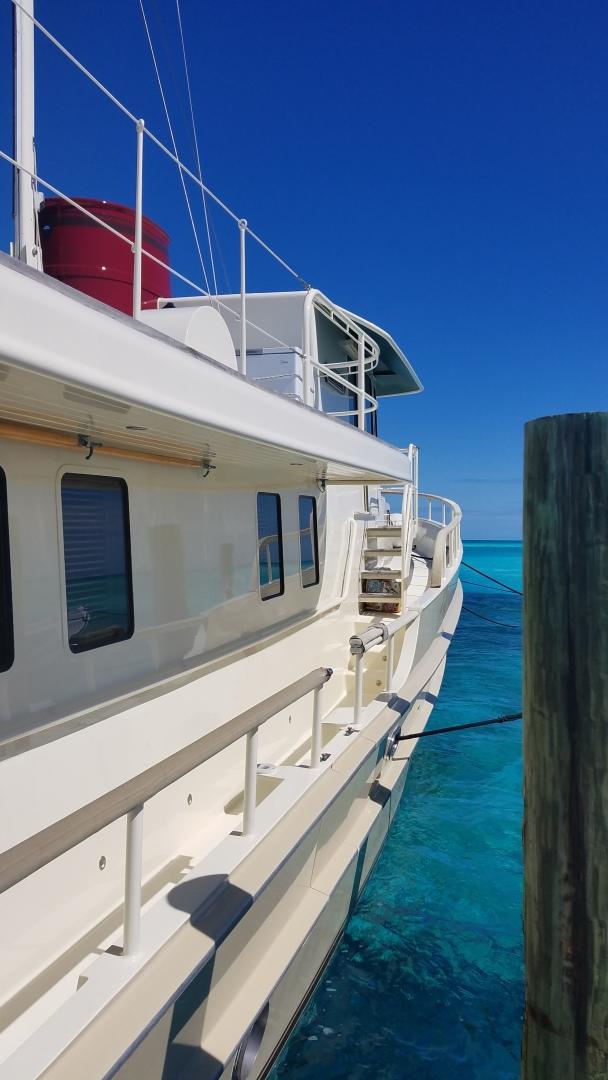 Custom-WJ Development 2006-WALRUS Bahamas-1444232 | Thumbnail
