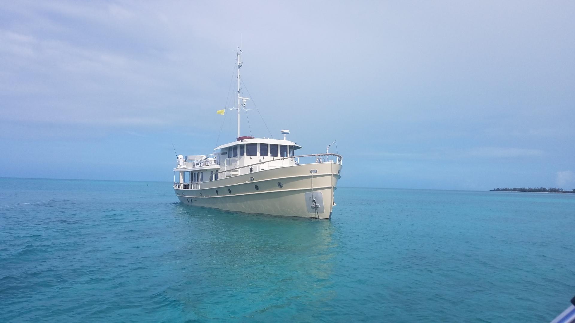 Custom-WJ Development 2006-WALRUS Bahamas-1444231 | Thumbnail