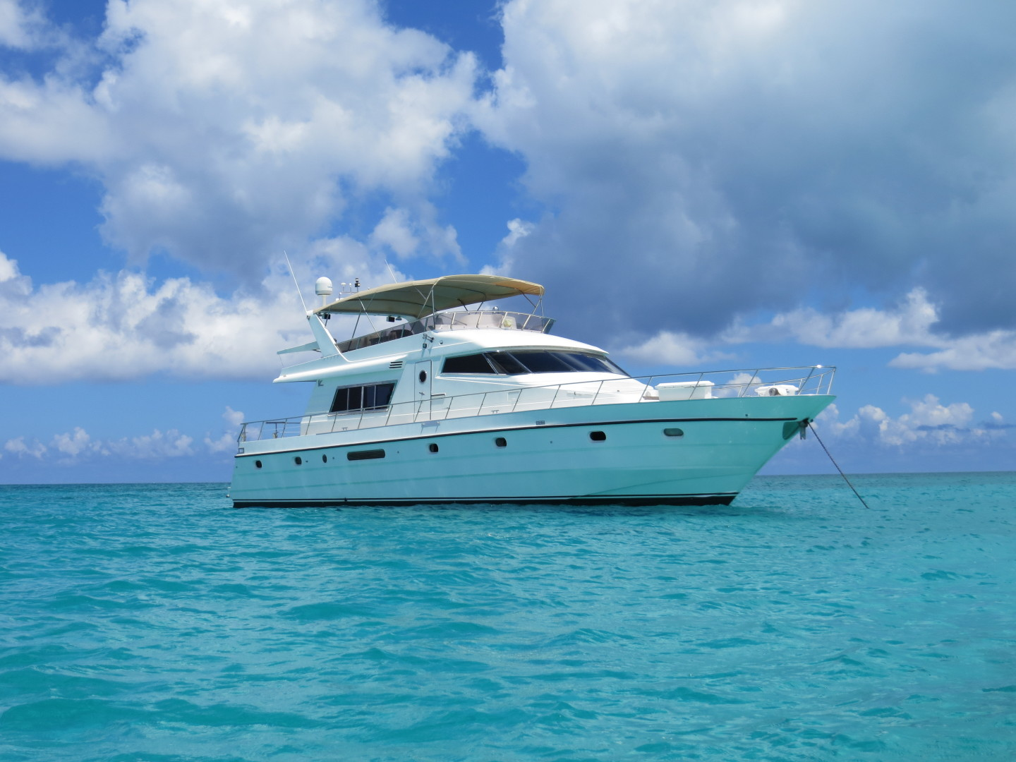 Picture Of: 72' Vitech 72 Motor Yacht 1994 Yacht For Sale | 2 of 44