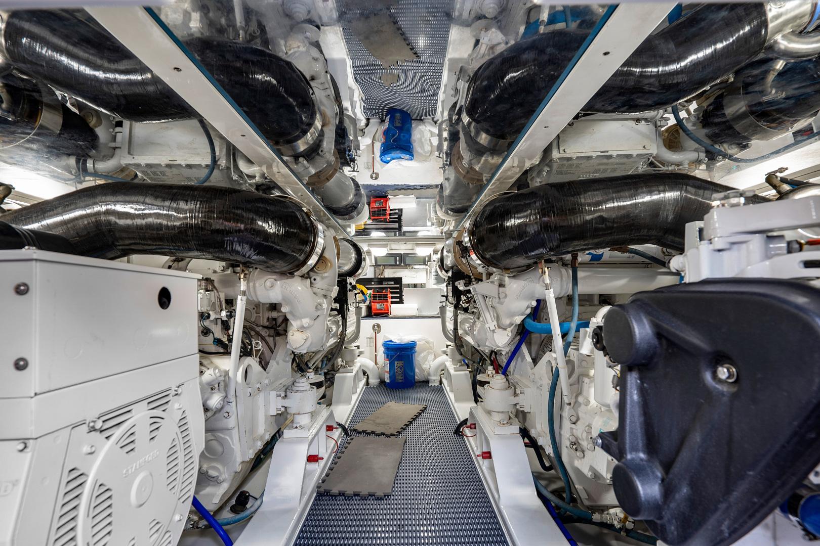 Garlington-Convertible 2003-Reel Lax Jupiter-Florida-United States-Engine Room-1349054 | Thumbnail