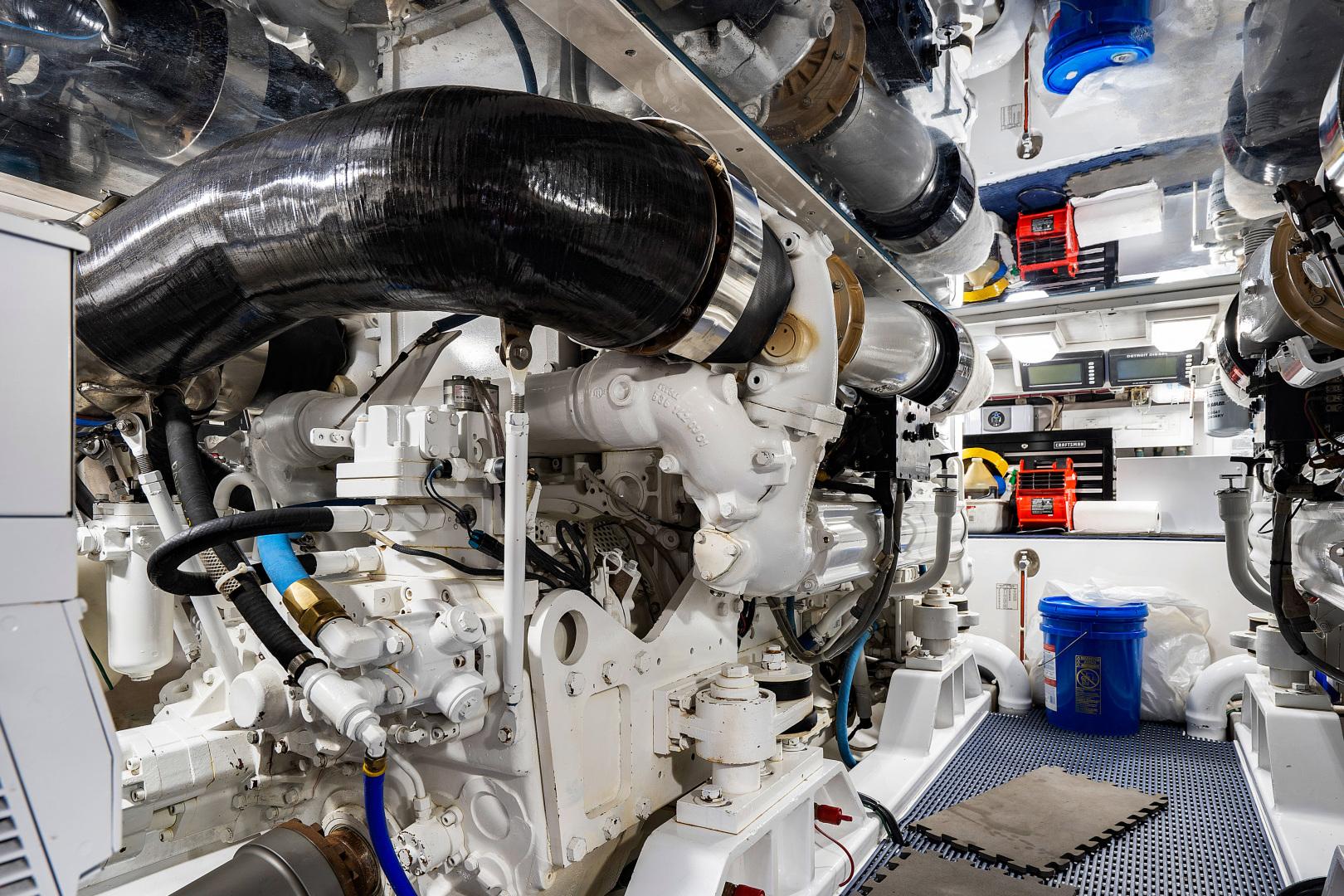 Garlington-Convertible 2003-Reel Lax Jupiter-Florida-United States-Engine Room-1349055 | Thumbnail