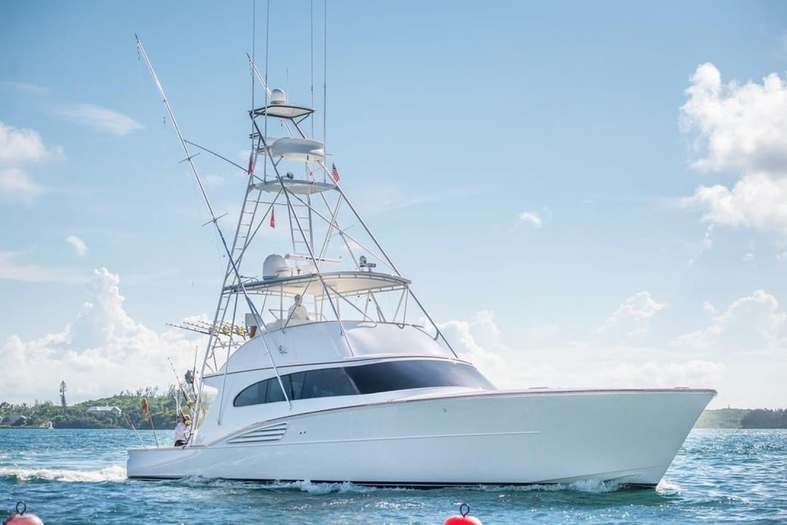 Picture Of: 61' Garlington Convertible 2003 Yacht For Sale | 1 of 29