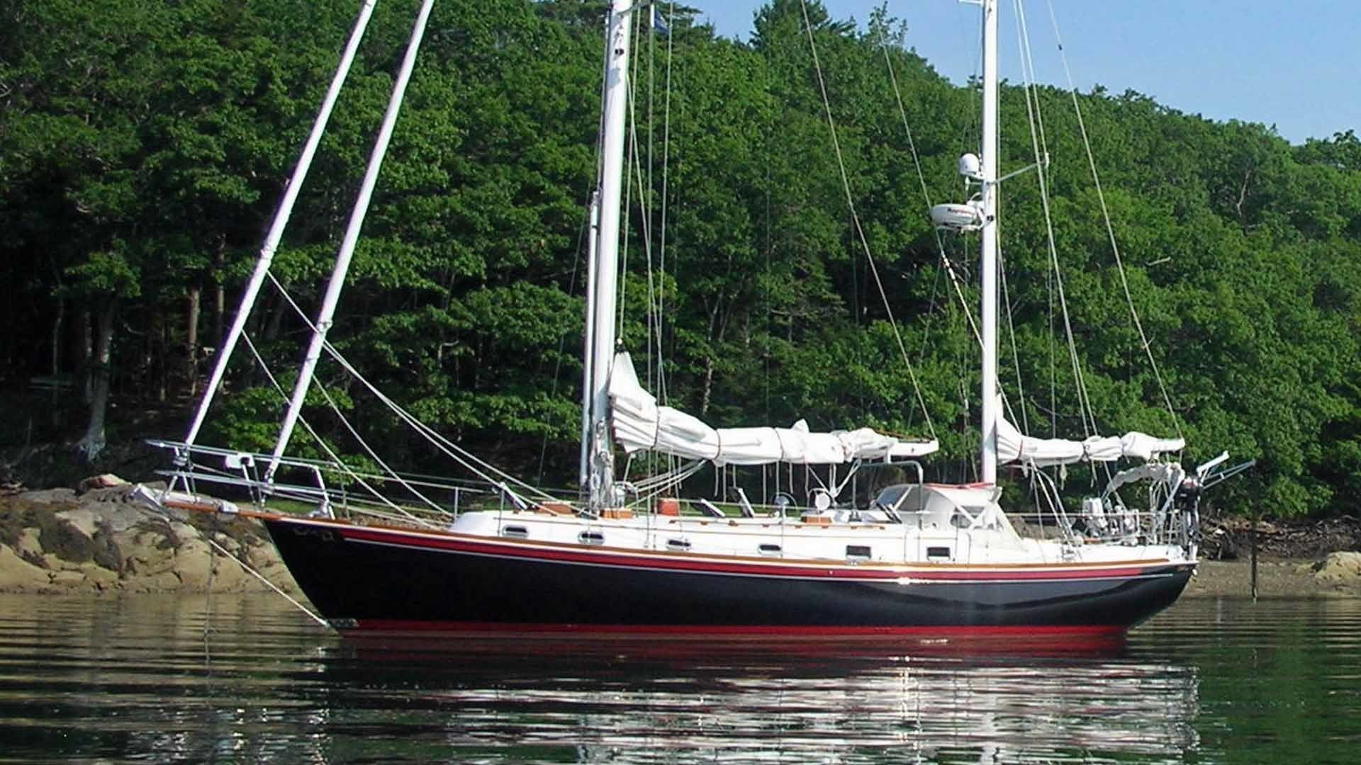 Picture Of: 43' Shannon 43 1999 Yacht For Sale   1 of 54