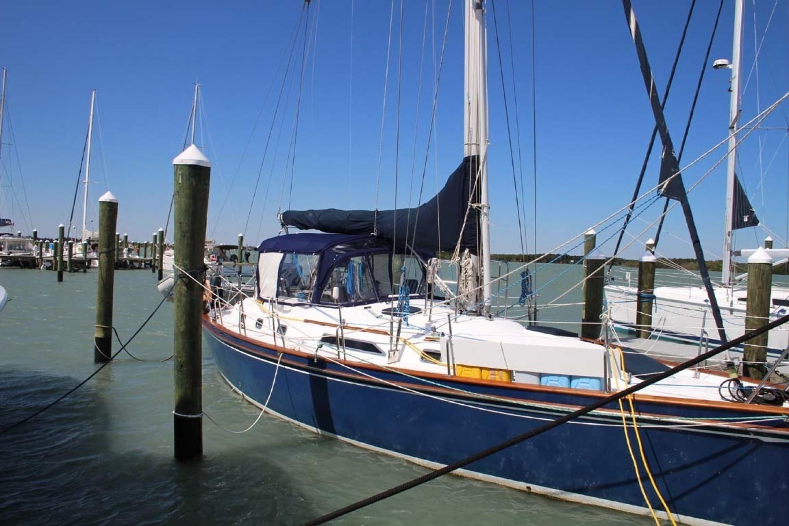 Tayana-48 1995-Lady Jennili Cape Canaveral-Florida-United States-Exterior Starboard-1350702 | Thumbnail