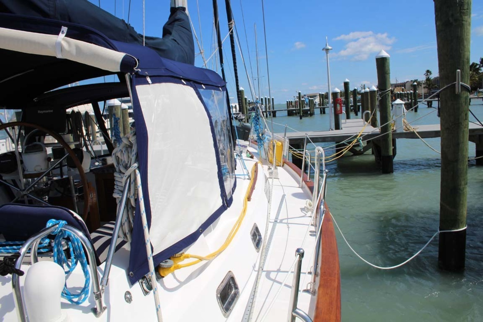 Tayana-48 1995-Lady Jennili Cape Canaveral-Florida-United States-Deck Starboard-1350691 | Thumbnail