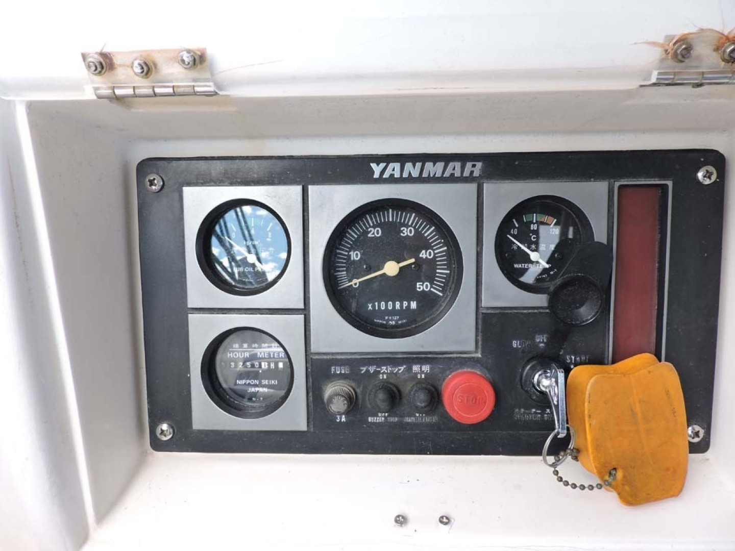 Tayana-48 1995-Lady Jennili Cape Canaveral-Florida-United States-Cockpit Engine Panel-1350697 | Thumbnail