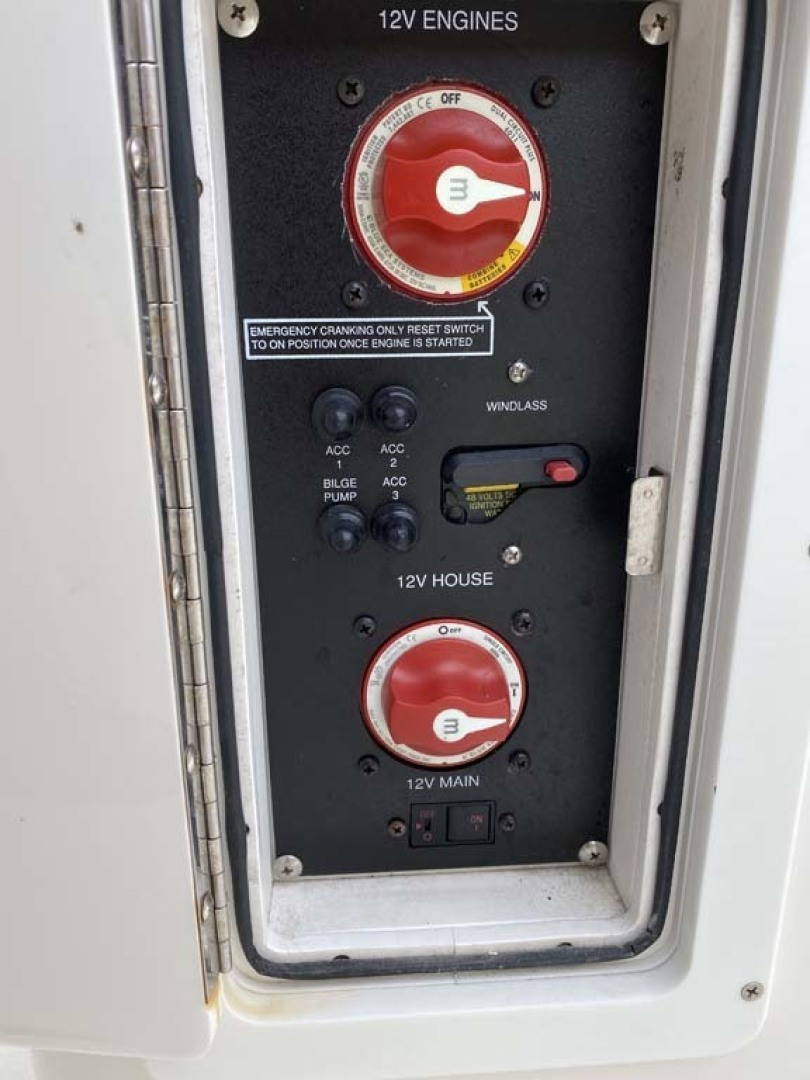 Cobia-296 2014 -Cape May-New Jersey-United States-Engine Switches-1350760 | Thumbnail