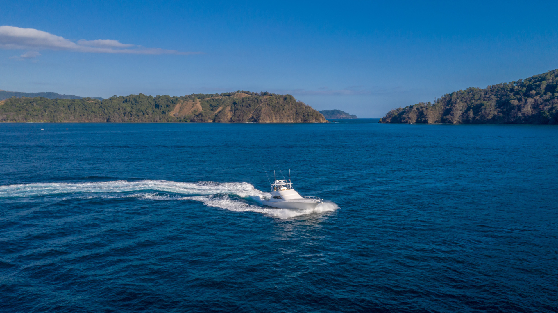 Viking-62 Convertible 2014-Mixer Playa Herradura, Los Suenos,-Costa Rica-2014 Viking 62 Convertible  Starboard Profile Running-1356278 | Thumbnail
