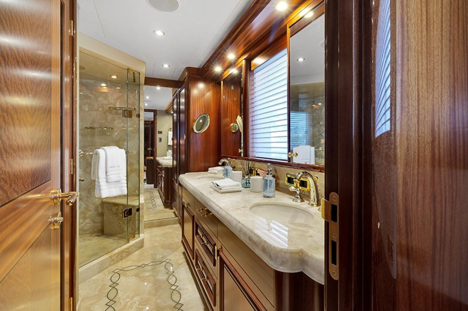 Westport-Westport 40 meter 2011-NINA LU Miami-Florida-United States-1644732 | Thumbnail