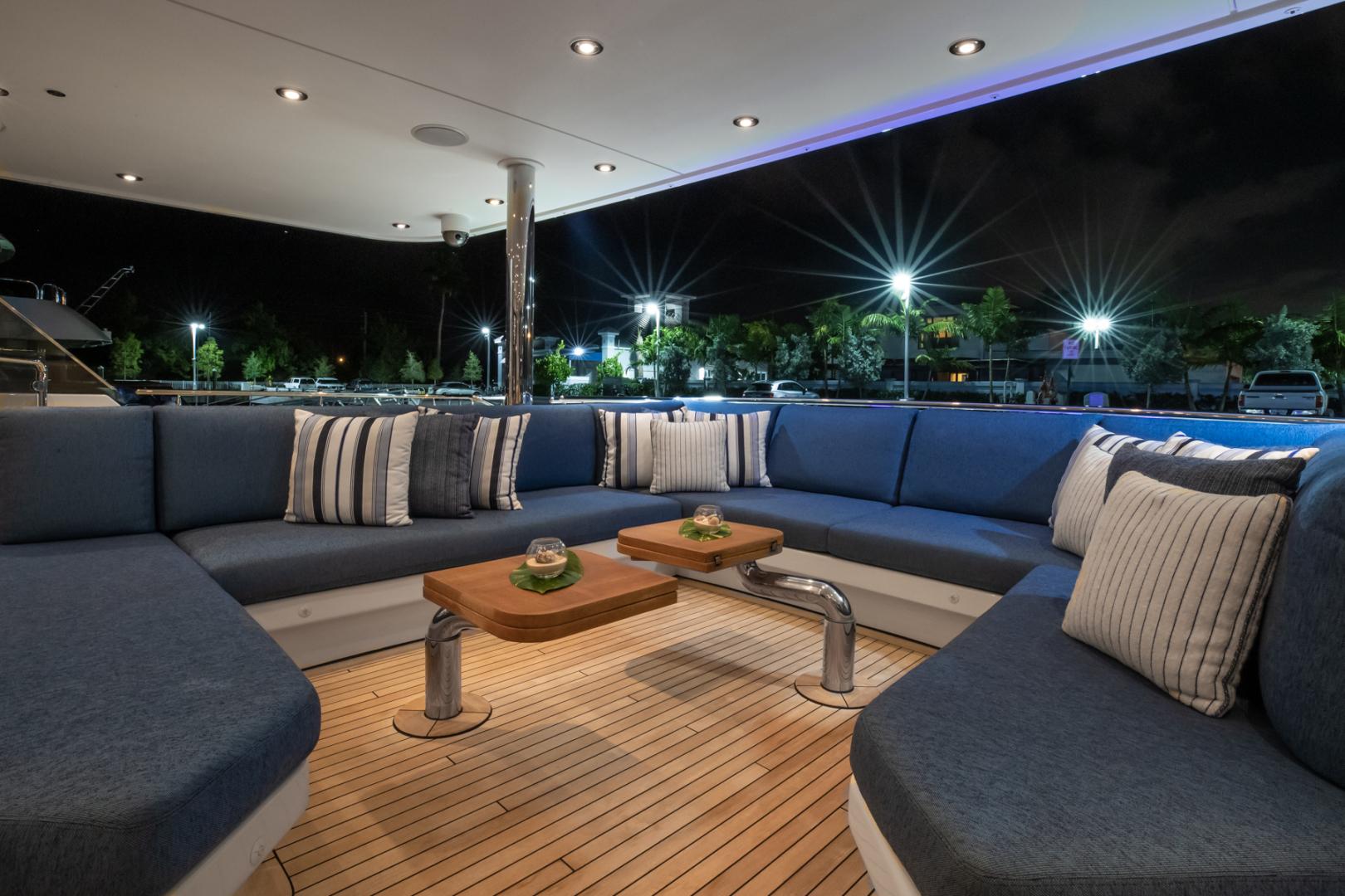 Westport-Westport 40 meter 2011-NINA LU Miami-Florida-United States-Aft Deck-1354288 | Thumbnail